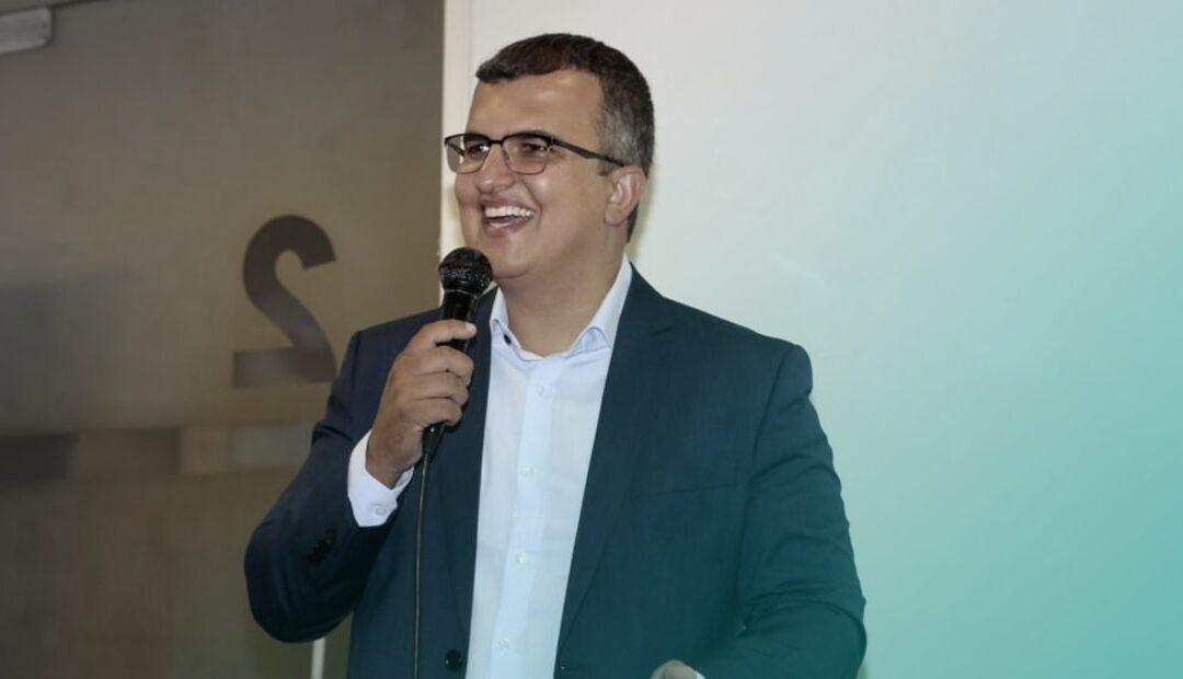 DR. RENATO ASSIS MINISTRA CURSO DE PÓS-GRADUAÇÃO NA ÁREA DE SEGURANÇA DO PACIENTE